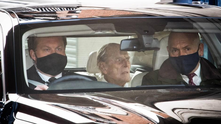 Prinz Philip verlässt Krankenhaus