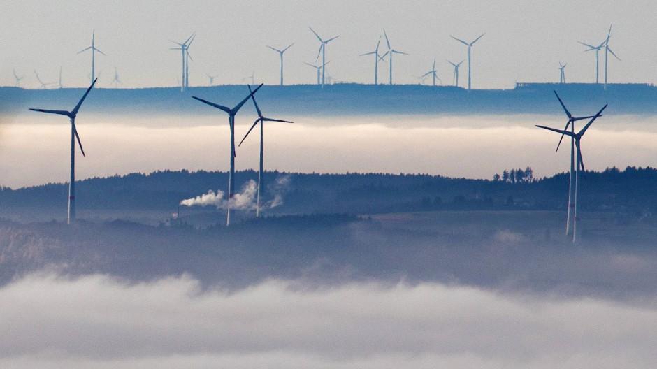 Trügerische Idylle: Nicht alle in Hessen sind mit den Windrädern zufrieden.