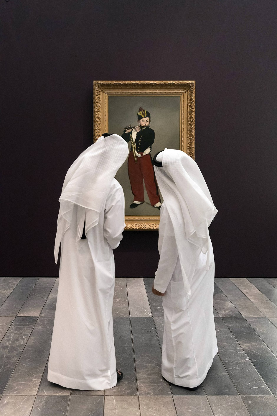 """Auch ein Gast auf Zeit im Louvre Abu Dhabi: Éduard Manets berühmtes Gemälde """"Der Pfeifer"""" von 1866, aus dem Musée d'Orsay in Paris"""