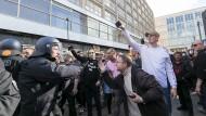 """Berlin: Knapp 700 Menschen sind dem jüngsten Aufruf zur """"Hygienedemo"""" gefolgt."""