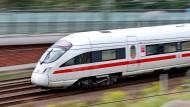 Aktuell fährt der ICE zwischen Köln und Berlin nur im Stundentakt. Eine neue Trasse soll nun eine höhere Frequenz ermöglichen.