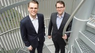 Die Brüder Benedikt (links) und Jakob Sons haben 2017 den Cannabis-Handel Cansativa gegründet.