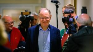 Ministerpräsident Weil sorgt sich um Enercon-Mitarbeiter