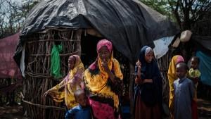 Kenia und die UN wollen zwei der weltgrößten Flüchtlingslager schließen
