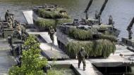 Die Leopard-2-Panzer sollen ausgemustert werden, den Nachfolger soll ein deutsch-französisches Konsortium entwickeln.