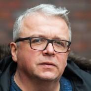 Arnd Focke ist 48 Jahre alt und Mitglied der SPD. Er war Bürgermeister der Gemeinde Estorf im Landkreis Nienburg.