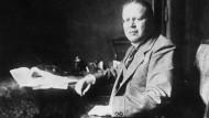Der Zentrumspolitiker Matthias Erzberger (1875-1921). Seine Friedensresolution richtete sich auch gegen Kanzler Bethmann Hollweg und führte zu dessen Rücktritt.