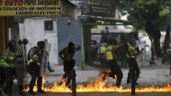 Mindestens zwölf Tote bei Unruhen in Caracas