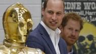 Aus Prinz Harry und Prinz William werden Jedi-Ritter