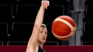 Gegen alle Widerstände: Niels Giffey und die deutschen Basketballer glauben an ihre Chance in Tokio.