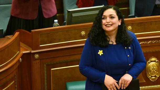 Vjosa Osmani zur Präsidentin gewählt