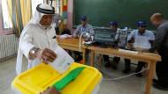 Wahl in Jordanien: Ein Bürger gibt im September in Amman seine sSimme ab.