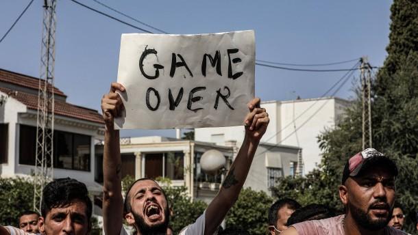 Tunesischer Präsident entlässt Regierungschef