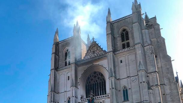 Festnahme nach Brand in Kathedrale