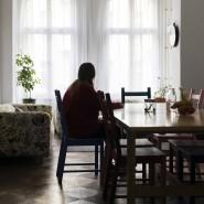 """""""Man kann sie doch nicht in die Obdachlosigkeit entlassen"""": Blick in eine Wohngemeinschaft des Jugendwerks CJD in Berlin."""