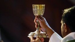 Sakrament und Kirche