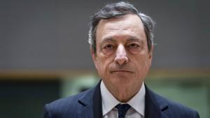 Deutsche Versicherer trifft die Geldpolitik besonders
