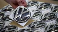 Volkswagen überholt Toyota im ersten Quartal