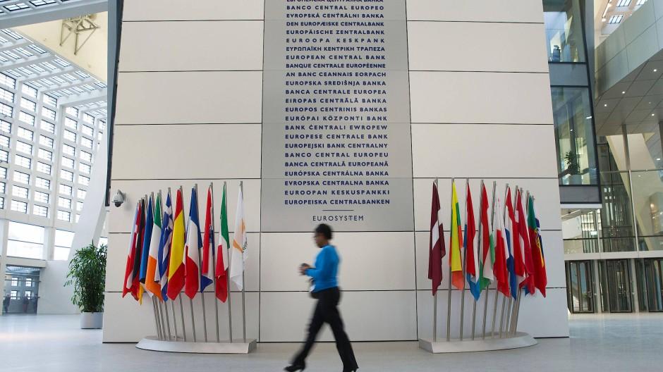EZB-Sitzung: Gedämpfte Erwartungen an den Ausstieg