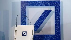 Deutsche Bank willigt in hohe Milliardenstrafe ein