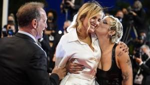 """Französischer Horrorfilm """"Titane"""" gewinnt Goldene Palme in Cannes"""