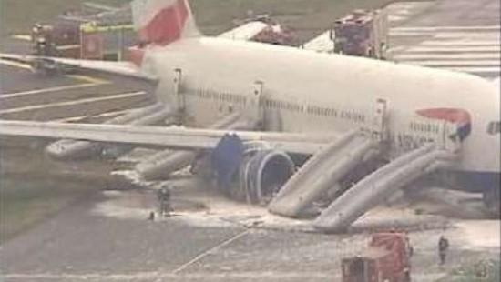 Bruchlandung eines Flugzeugs in London Heathrow