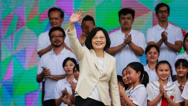 Peking will die Wiedervereinigung