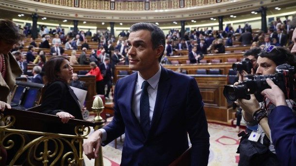 Pedro Sánchez stellt sein Kabinett vor