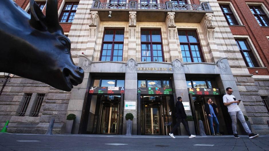 Bullen-Optimismus in Amsterdam: Der Leitindex AEX der größten Börsenwerte ist nach mehr als zwanzig Jahren wieder auf Rekordstand