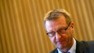 NRW-Landesregierung muss sich kritische Fragen gefallen lassen