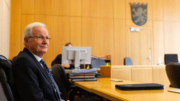 Früherer Eschborner Bürgermeister wieder vor Gericht