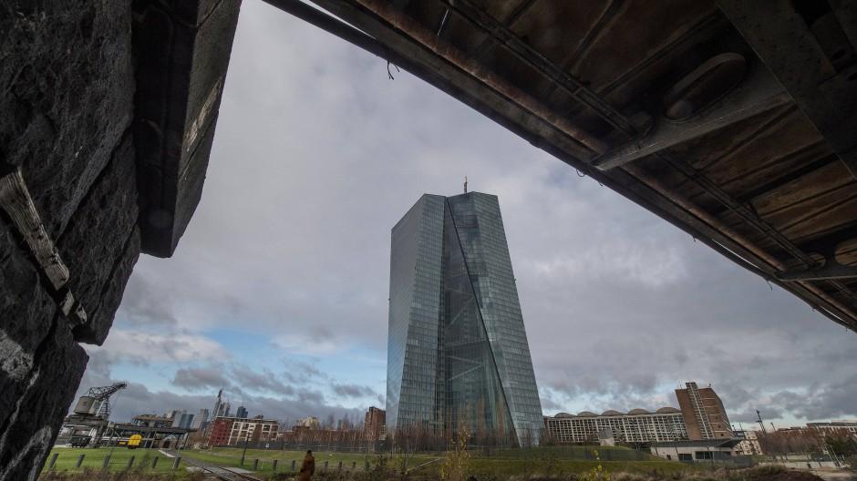 Eine Weltkriegsbombe ist in der Nähe der Europäischen Zentralbank entdeckt worden.