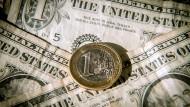 Auch gegenüber dem Euro ist der Dollar stärker geworden.