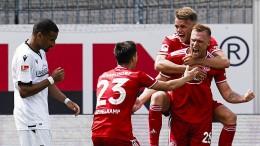 St. Pauli besiegt Kiel – auch Düsseldorf gewinnt