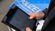 Im Informationssystem der Polizei: Beamte sollen bald auf sensible Daten wesentlich einfacher zugreifen können.