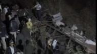 Mindestens 38 Tote bei Busunglück