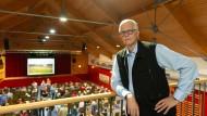 Stellt sich einer unbequemen Haltung: Filmemacher Jörg Rehmann im hessischen Odenwald