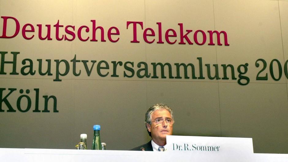 Vor 20 Jahren musste sich Ron Sommer, damals Vorstandschef der Deutschen Telekom, unbequemen Fragen der Aktionäre stellen. In der Schuldfrage hat der Bundesgerichtshof nun für Klarheit gesorgt.