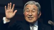 Japanischer Kaiser dankt ab
