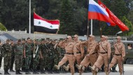 Russische und syrische Soldaten in Syrien