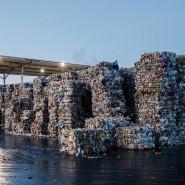 Recyclinghöfe werden den sortierten Plastikmüll immer schwerer los.