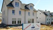 Immobilien sind weiterhin gefragt – einen Engpass stellen reiche Familien insbesondere in Deutschland noch nicht fest.