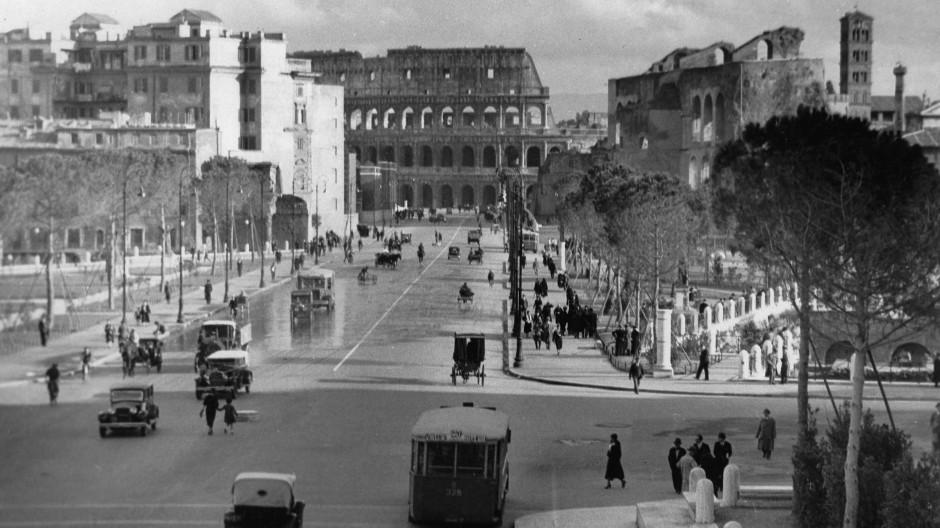 Rom um 1930: Nach dem wirtschaftlichen Aufschwung kam der Kampf um die Lira.