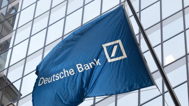 Deutsche Bank könnte mehr Problempapiere auslagern