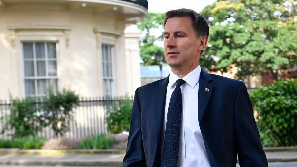 Hunt distanziert sich von Botschafter-Kritik an Trump