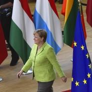 """Leichter Gang: Kanzlerin Merkel freut sich über eine """"optimistische Stimmung"""" auf dem EU-Gipfel."""