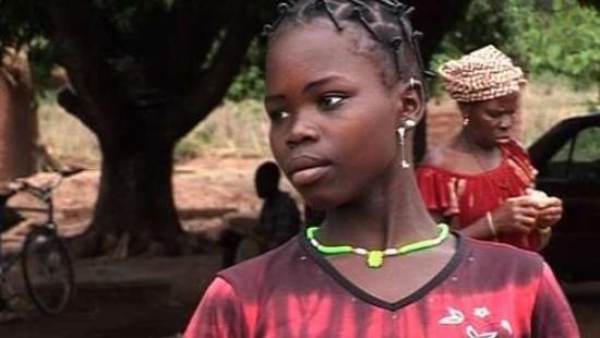 Weibliche Beschneidung in afrikanischen Dörfern weit verbreitet