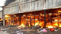 Plünderungen in Südafrika hören nicht auf