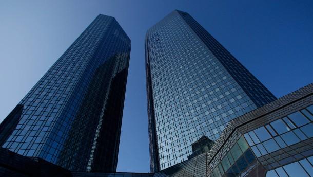 Deutsche Bank will noch mehr sparen