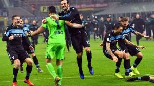 Lazio behält die Nerven